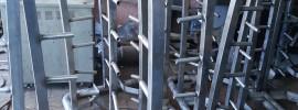 Spray cage